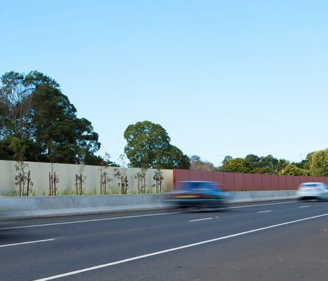468x400_highway_barrier_wall