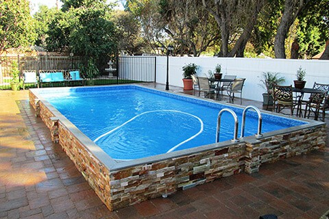 480x320_swimming_pool_fence