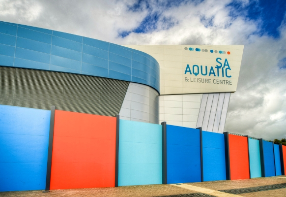 Striking, Acoustically-Rated BarrierWall Makes A Splash at SA Aquatic & Leisure Centre | ModularWalls