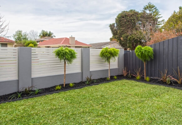 The DIY Front Wall That Doesn't Require Council Permit | ModularWalls