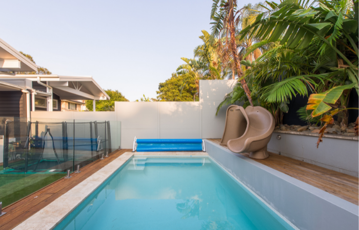 Add a slide to your plunge pool - with ModularWalls TrendWall