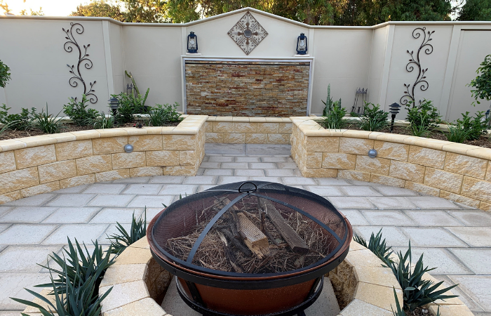 Cottagecore Design Trend - Cottagecore Garden Design Inspiration. Modular Walls - Slim Wall.