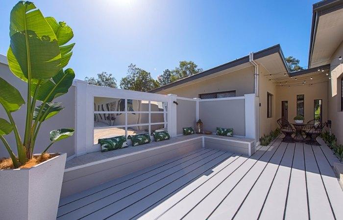 DIY Pool Feature Wall Crowned #DIYMODWALL Winner   ModularWalls
