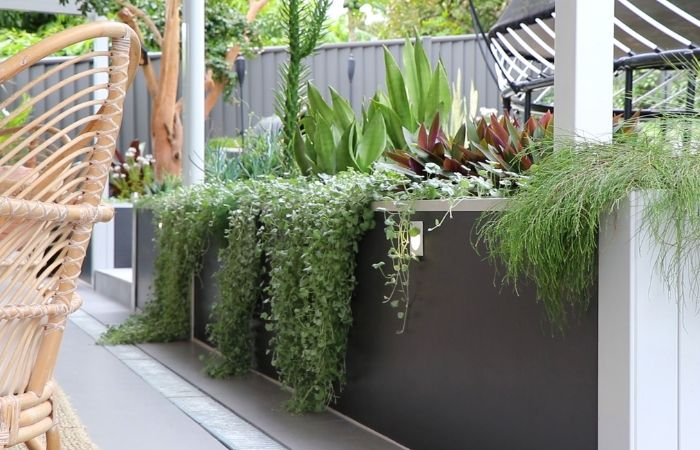 Stunning Before & After Using DIY Retaining Wall | ModularWalls