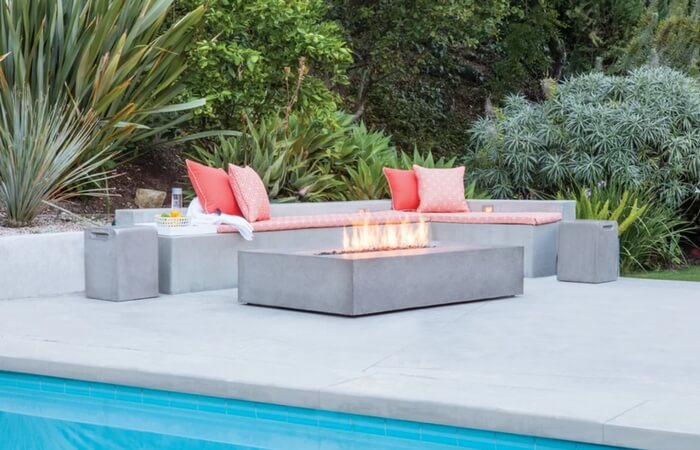 Concrete Outdoor Fireplaces - Design Trend of the Month | ModularWalls