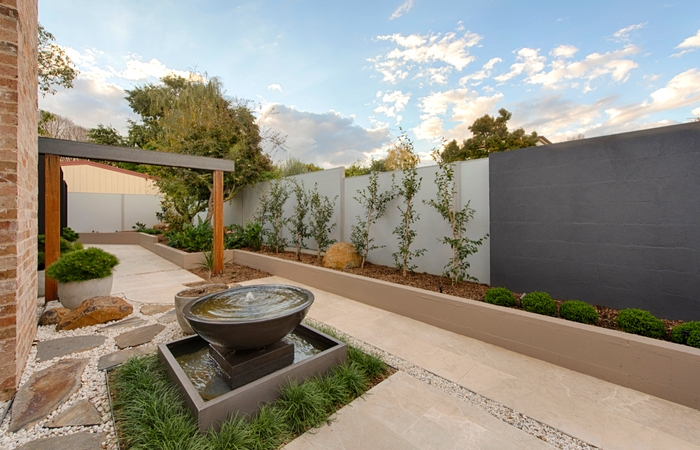 How to Create the Perfect Outdoor Living Space | ModularWalls