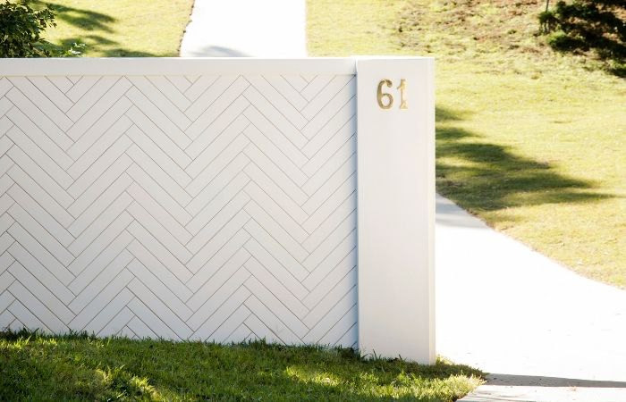 Three Birds Renovations Choose SlimWall Fencing | ModularWalls