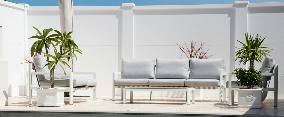 Outdoor Decoration Trends | ModularWalls