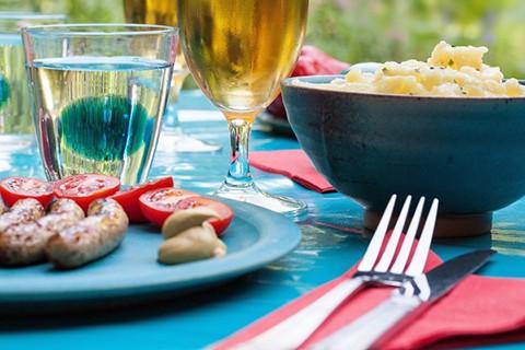 backyard_party_food