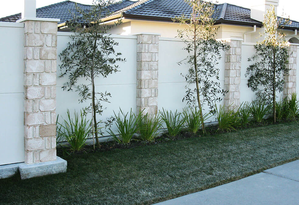 Boundary VogueWall with stone cladded posts