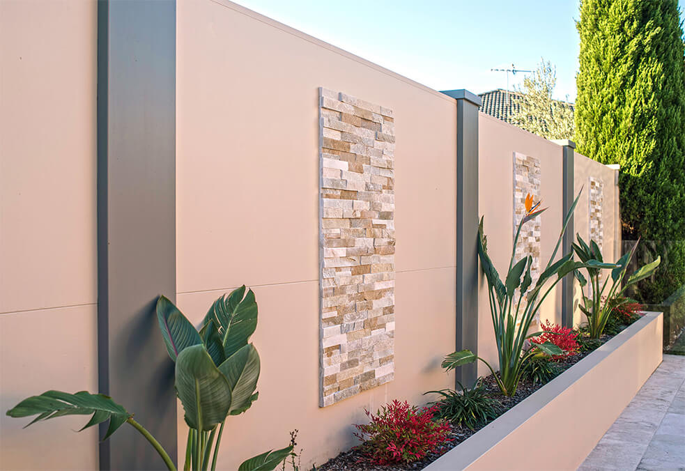 Pool VogueWall with external post tops and stone clad features
