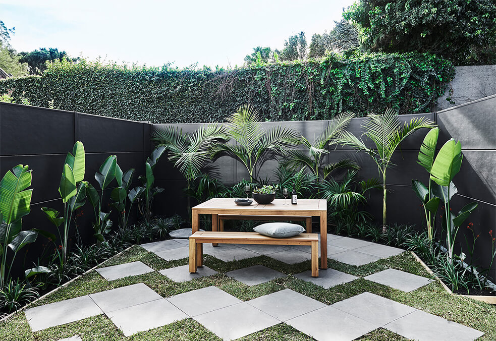 Backyard privacy wall as seen on #TheDesignDuo series by Alisa and Lysandra