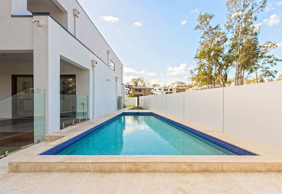 Pool boundary wall for privacy