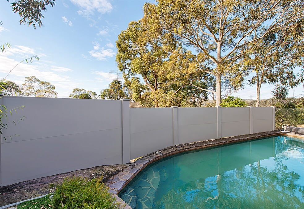 Privacy pool wall with external post caps